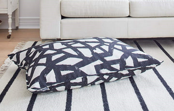 BLACK sketch DOG BED