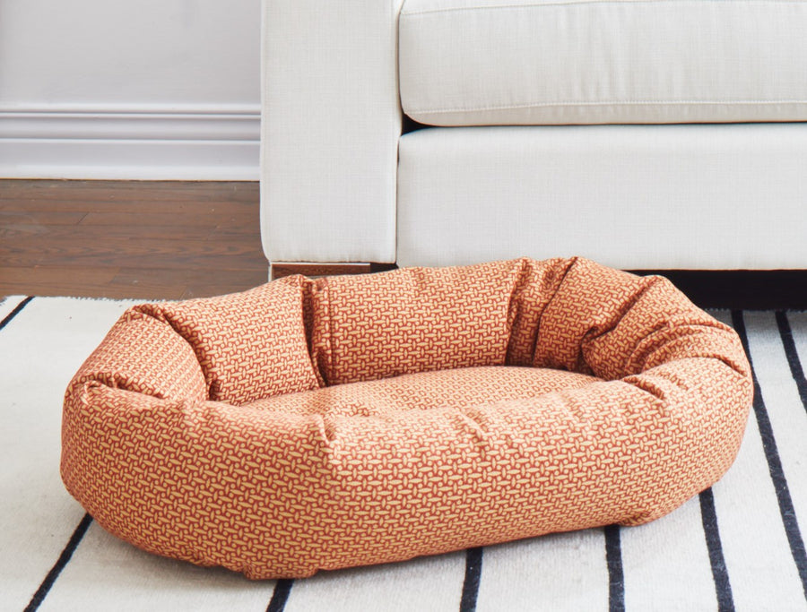 IAN DONUT DOG BED (4 COLOURS)