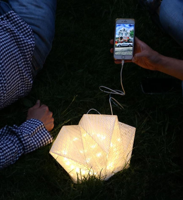 QWNN™ COLLAPSIBLE AND FOLDABLE SOLAR LANTERN WITH POWER BANK
