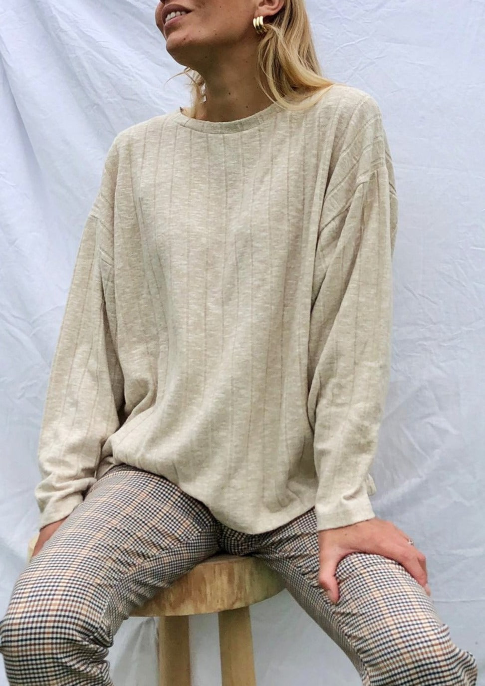The Basic Sweatshirt - Beige