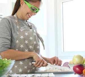 Onion Goggles - Never Cry Again! - Kitchendreamz-Top-Kitchen-tools-Kitchen-Gadgets