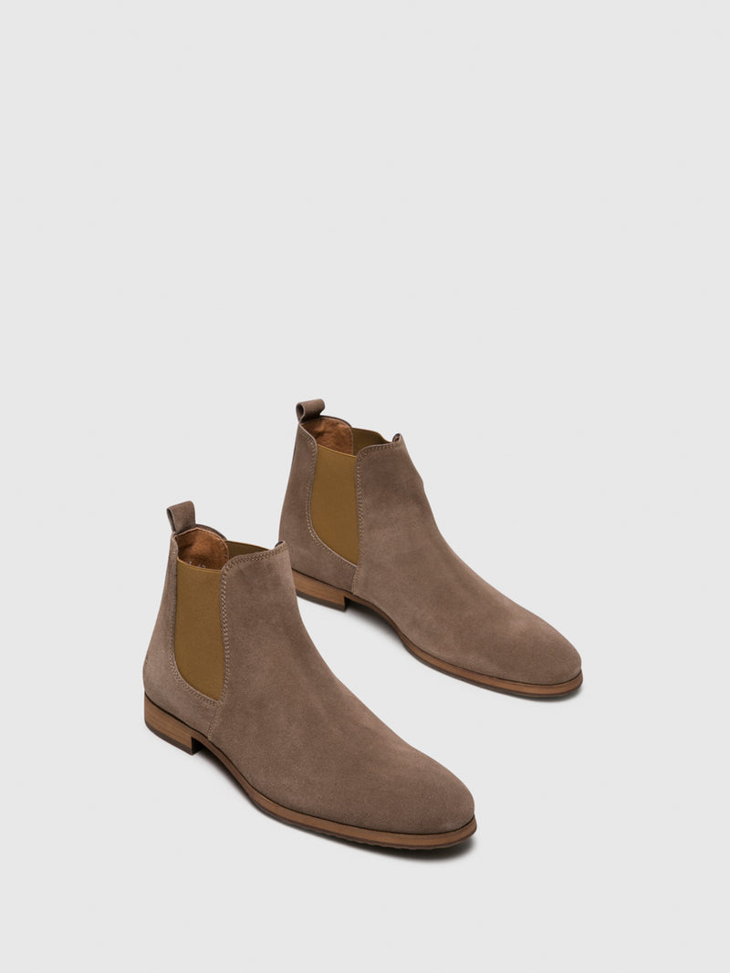 Fly London Botins Chelsea em Taupe