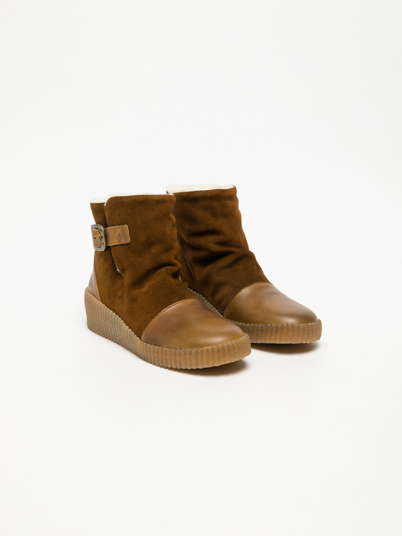 Fly London Botas tipo Esquimó em Camel