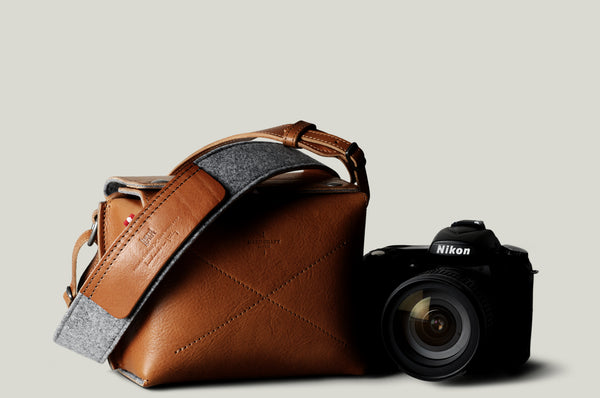 Box Camera Bag . Classic