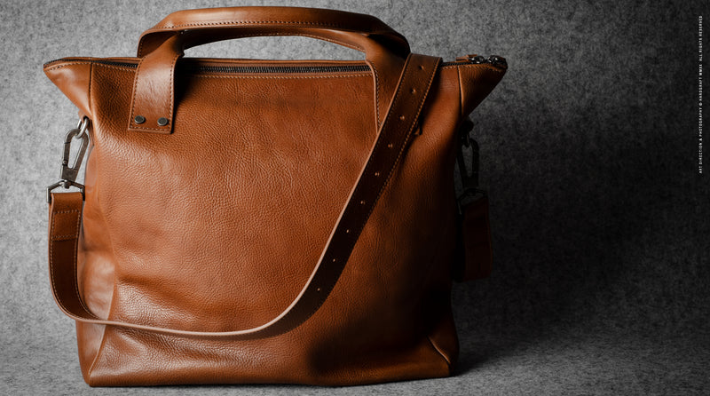 Ad-Lib Shoulder Bag . Classic