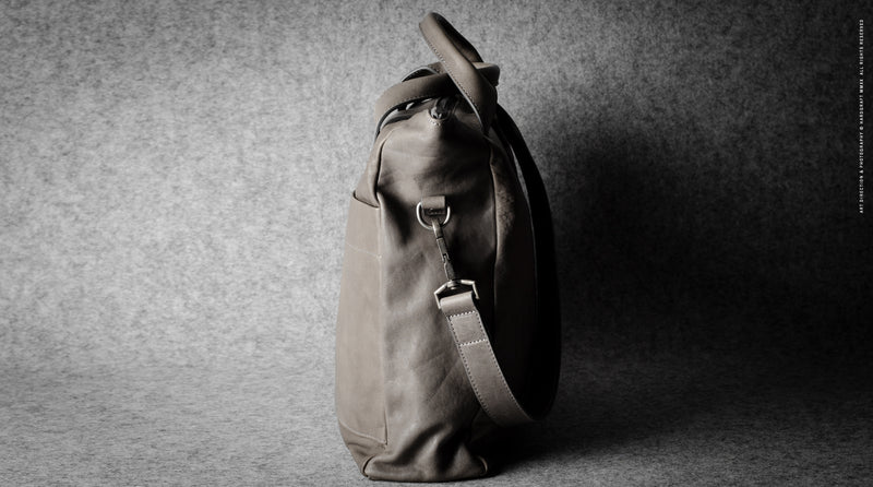 Ad-Lib Shoulder Bag . Off Grey