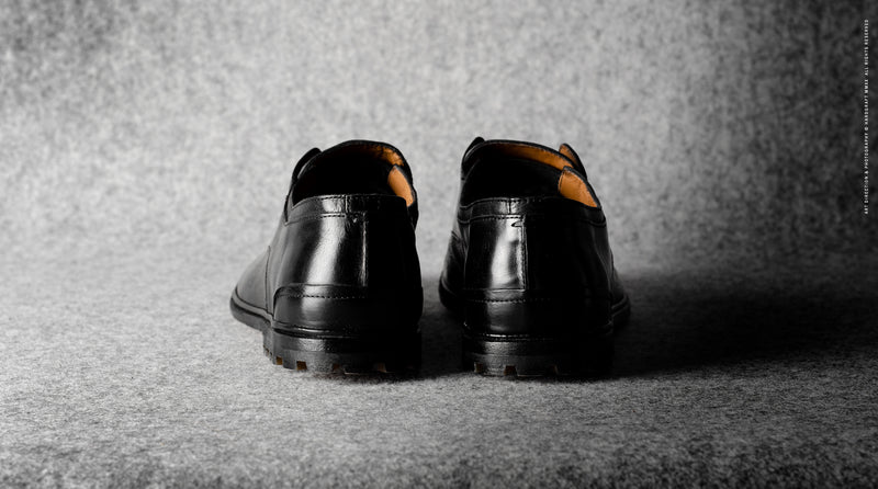 Casual Derby Shoes . Black