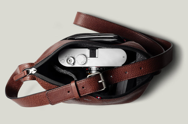 Frame Camera Bag . Chestnut