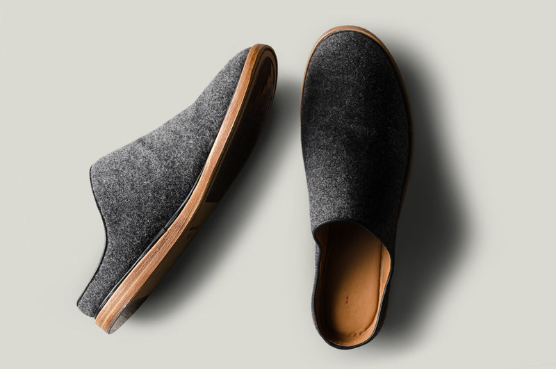 In & Out Wool Slip Ons . Classic
