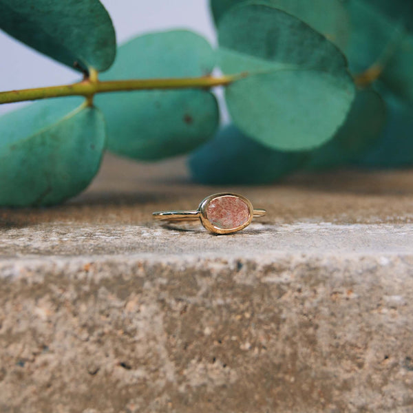 Organic Strawberry Quartz Bezel Ring 9k Gold