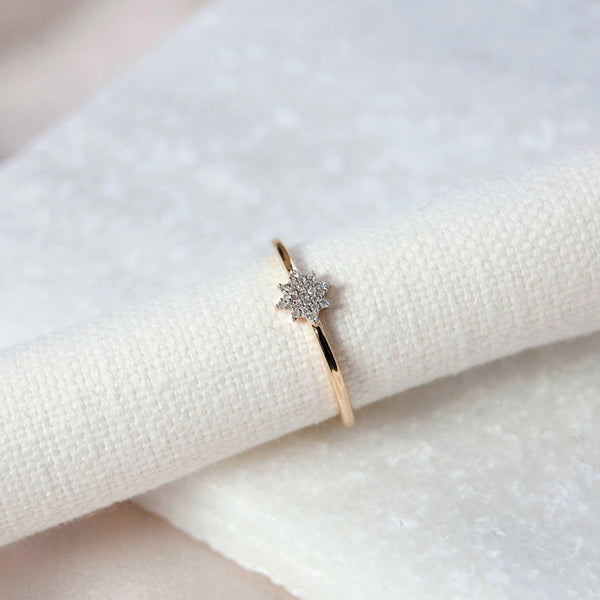 Diamond Pavé Star Ring 9k Gold