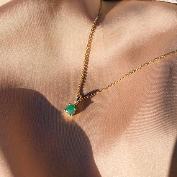 Mini Emerald Necklace 9k Gold
