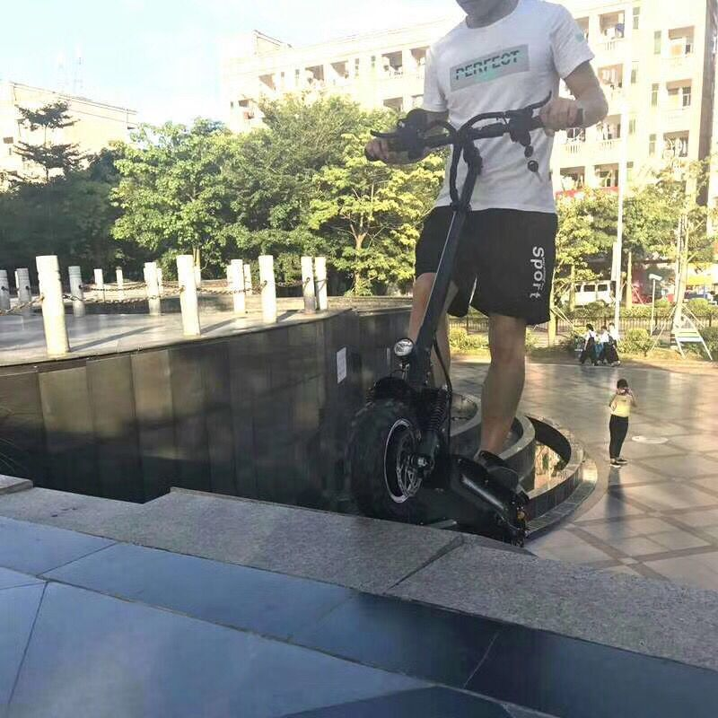 FLJ Powerful Electric Scooter 60V 5600W 11inch Off Road Big Wheel fast charge Motor e scooter kick Foldable adults Scooters