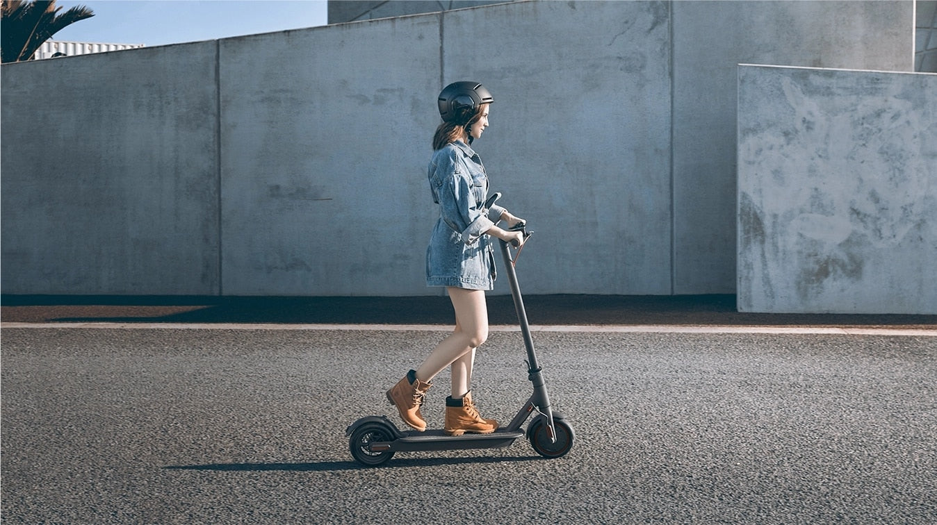 2019 new original Adult Grescooters Xiaomi mijia M365/Pro mi adult electric scooters