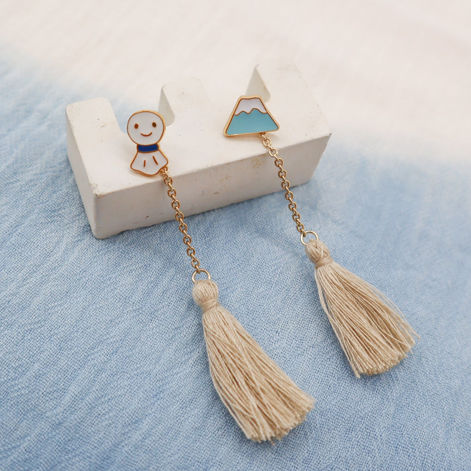 Japan Impression Mismatched Enamel Stud Earrings with Tassels