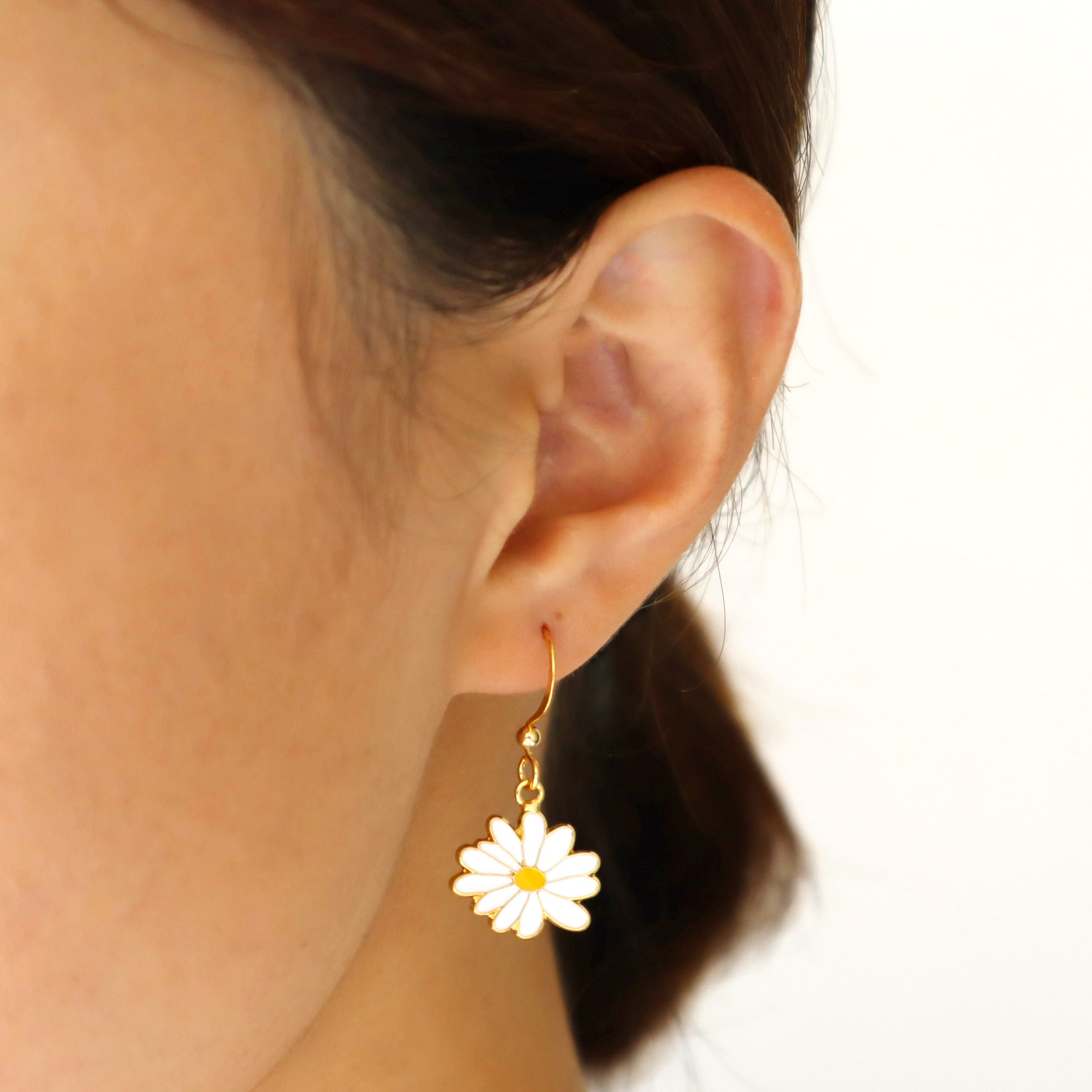Li'l Daisy Enamel Stud Earrings