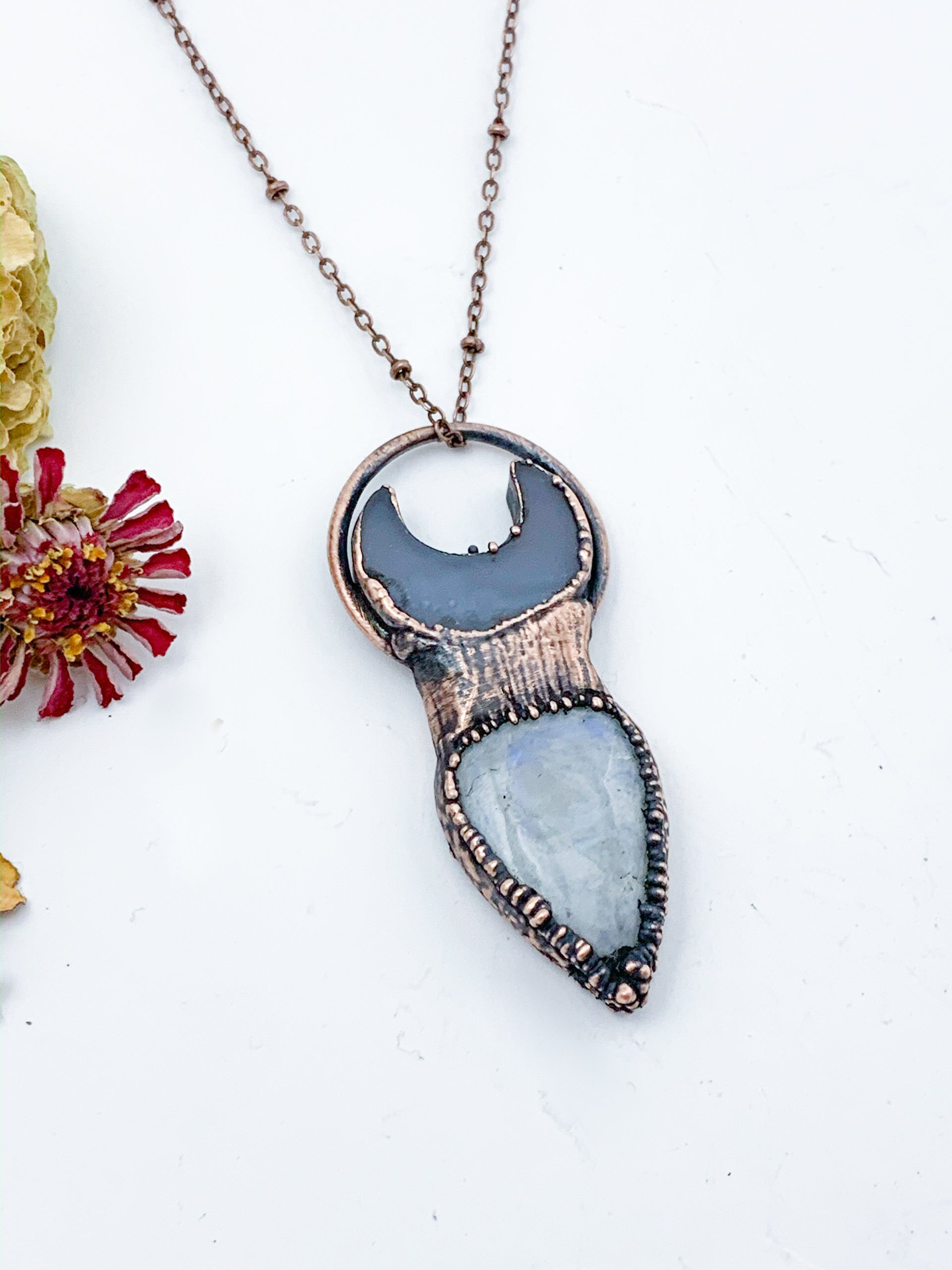Moonstone & Agate Moon Pendant - Allie & Tess