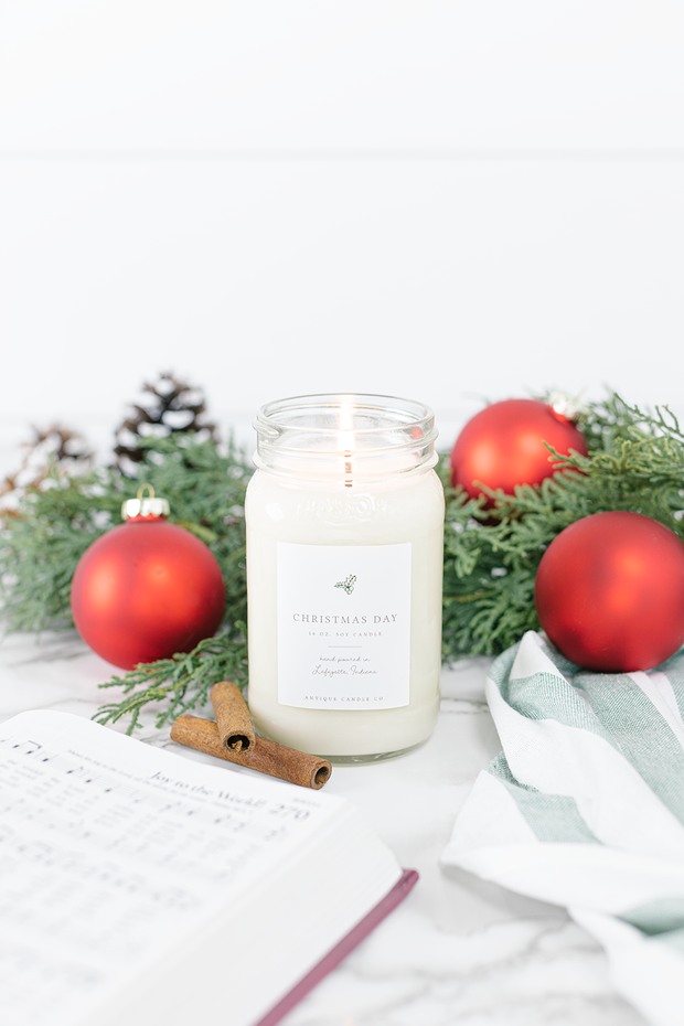 Christmas Day 16 oz candle