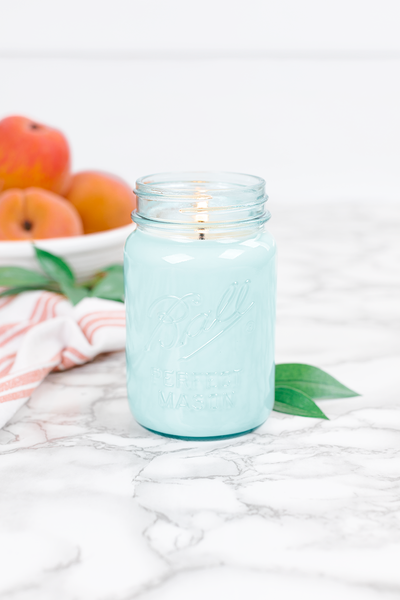 Georgia Peach 16 oz blue jar candle