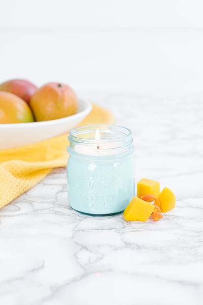 Mango Citrus 8 oz blue jar candle