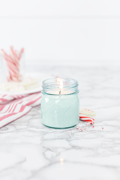 Peppermint 8 oz blue jar candle