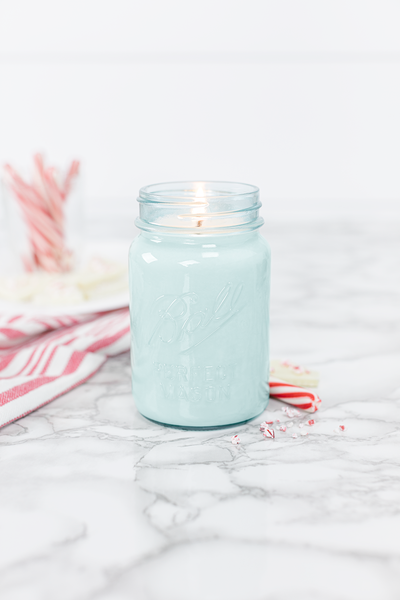 Peppermint 16 oz blue jar candle