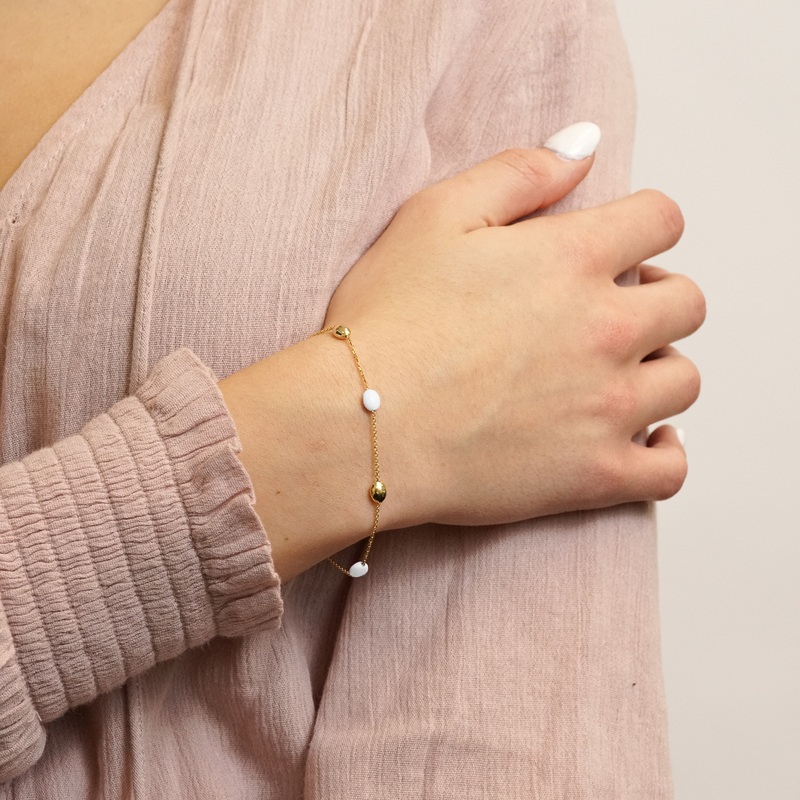 The Hampton Bracelet in Ivory White, Yellow Gold On Model