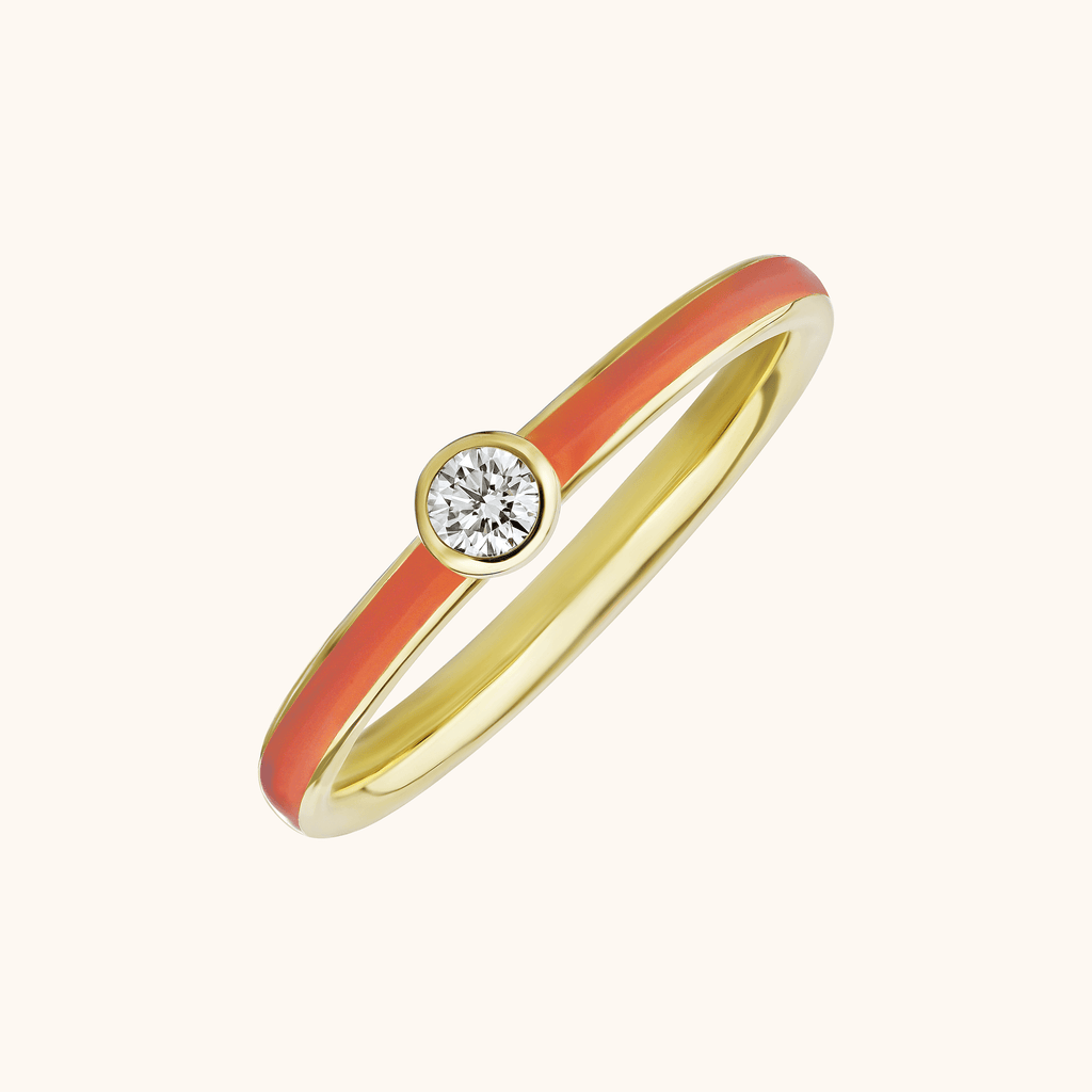 The Queen Band in Coral, Yellow Gold