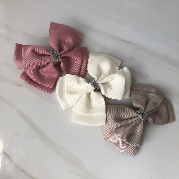 Mignon Hair Bow