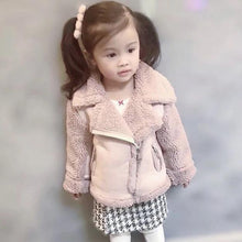 Load image into Gallery viewer, PRINCESS SHEARLING JACKET