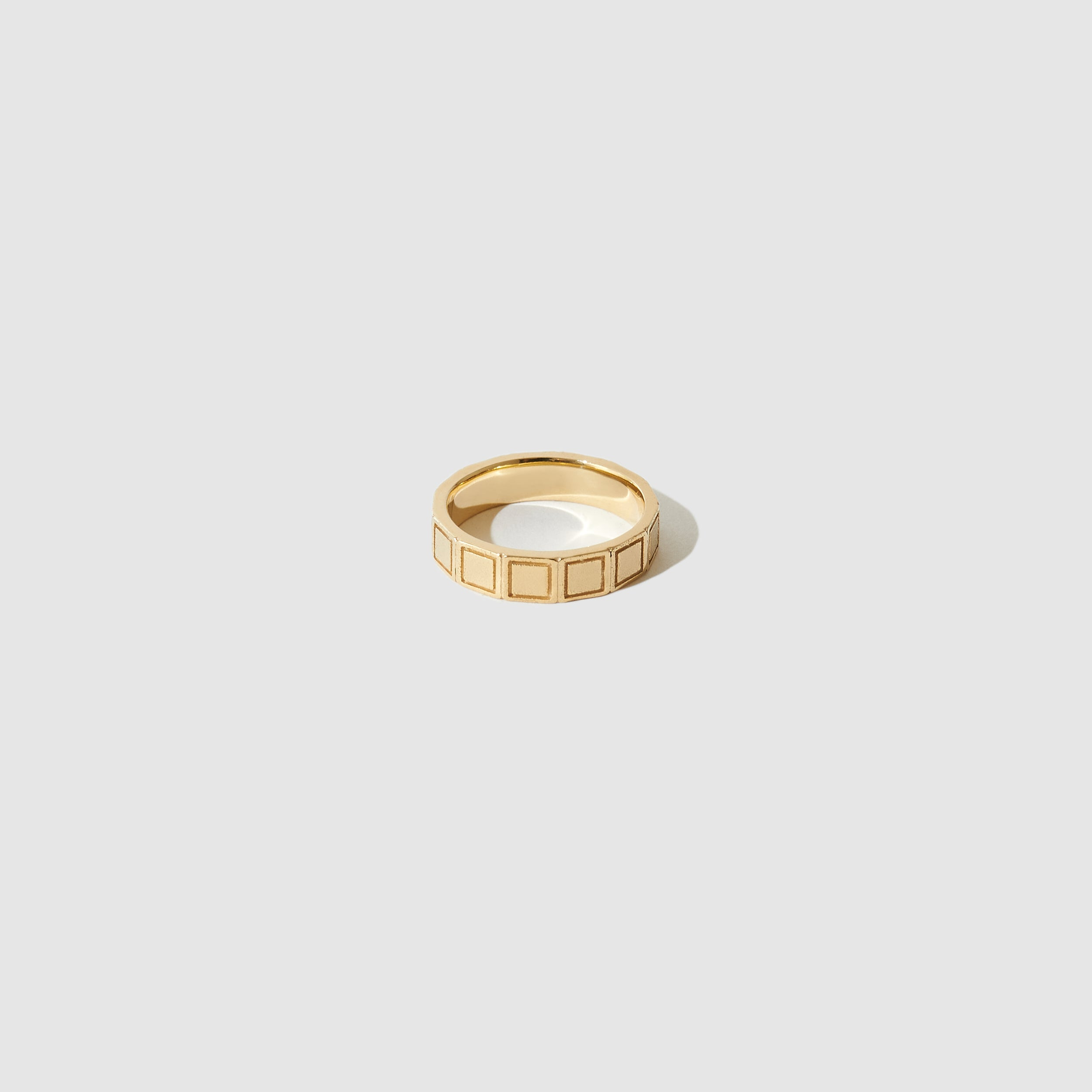 Plaza Ring ~ Gold