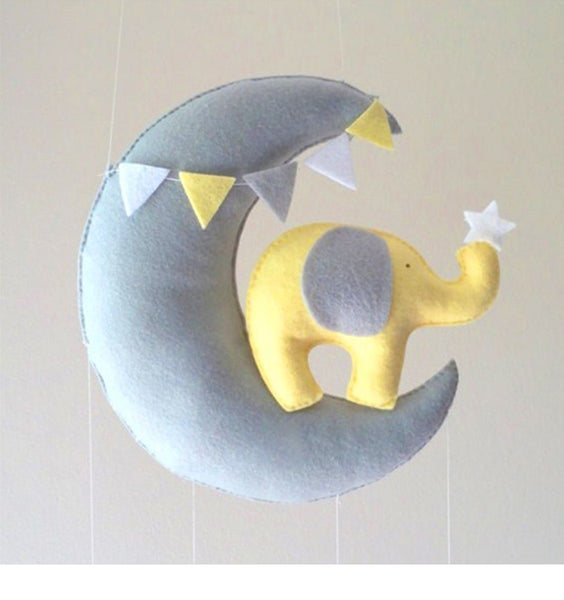 Moon Swan DIY Baby Rattles Mom Handmade Bed Bell Toy Rotating Crib Mobiles Holder Bed Wind-up Musical Box Animal Rattle