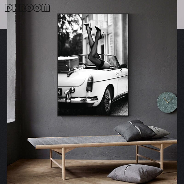 Fashion Poster Wall Art Print Black and White Canvas Painting Perfume Woman Pictures for Living Room Vintage Fashion Home Decor