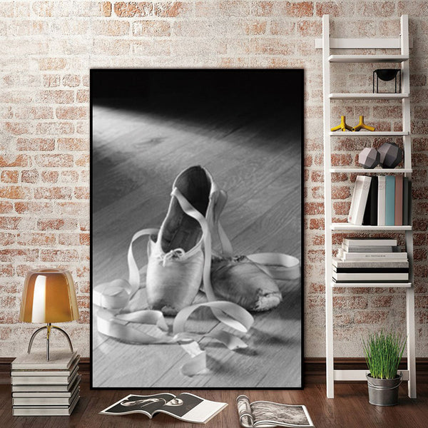 Woman Dancing Shoes Nordic Abstract Wall Pictures for Living Room Art Decoration Pictures Scandinavian Canvas Painting No Frame