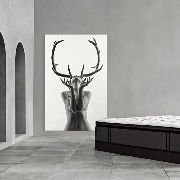 Nordic Simple Black and White Antlers Woman Model Abstract Canvas Painting Art Print Poster Wall Picture for Home Decoration