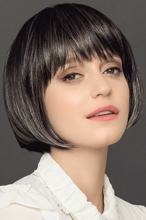 Page Extra by Gisela Mayer •  MIMO WIGS • Wigs Experts & Medical Hair Loss Experts.