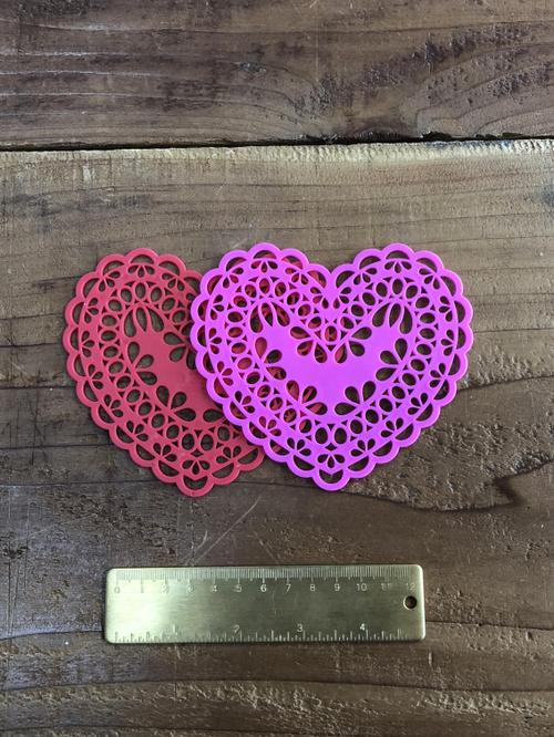 Lace Heart Pink 1pc