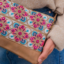 Load image into Gallery viewer, Paros Clutch Bag
