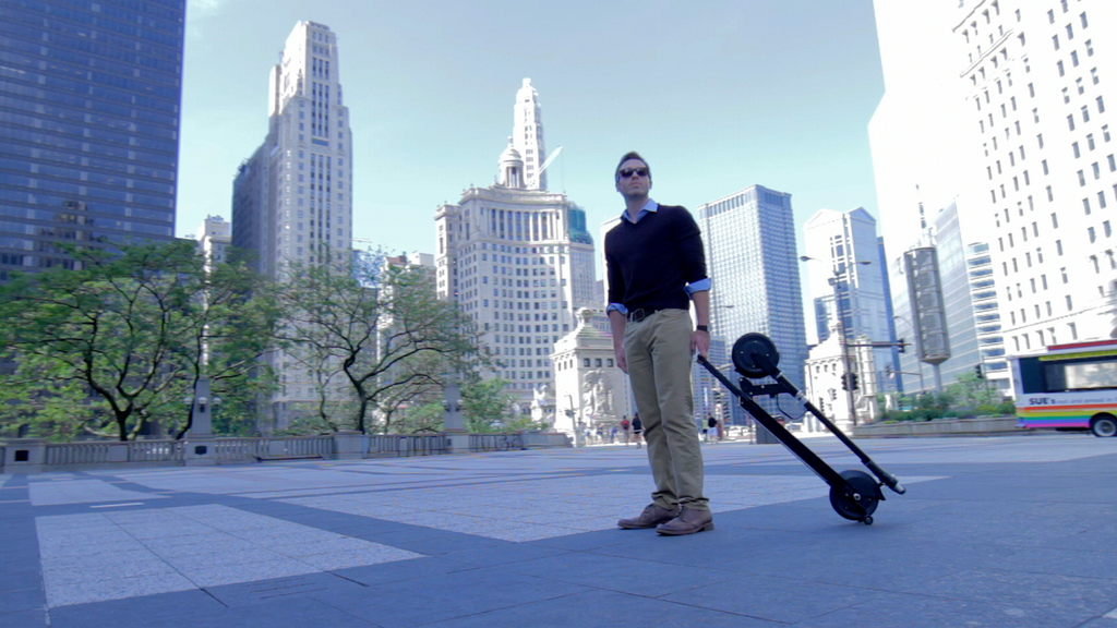 Glion Dolly Model 225 Foldable Electric Scooter