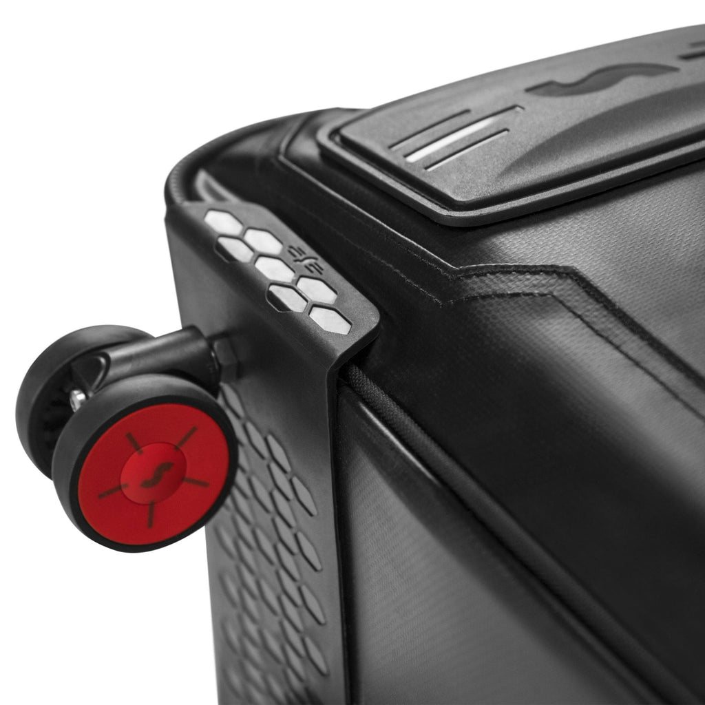 AeroComfort Road 3.0 Bike Travel Case wheel close up