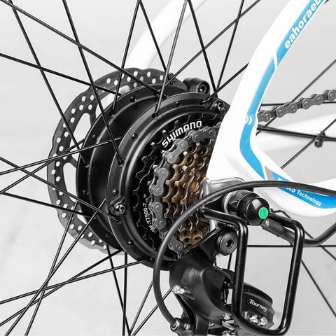 Image of Eahora XC100 Electric Bike gear chain close up