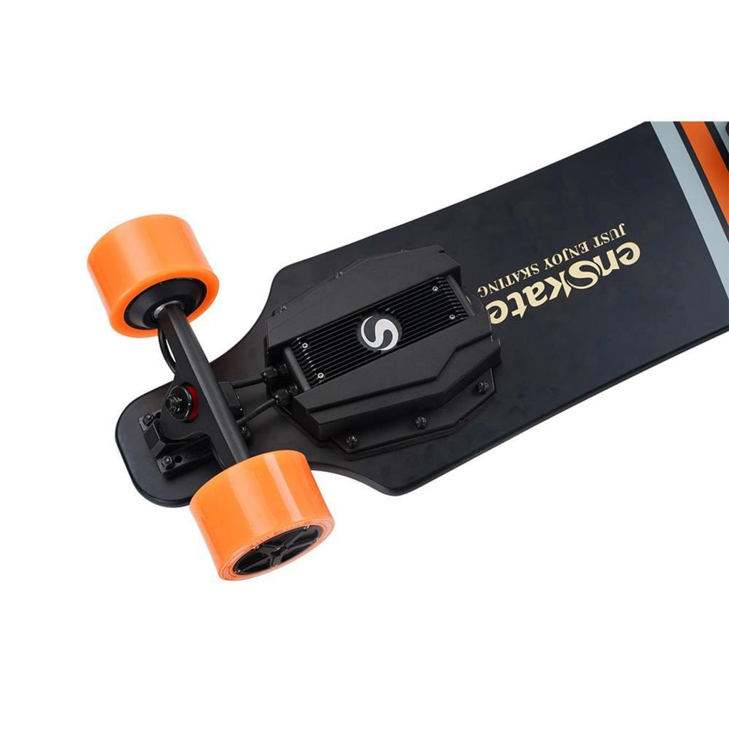 Enskate R3 Electric Skateboard battery close up