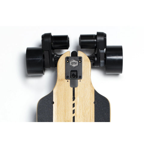 Evolve Bamboo GTR 2 in 1 Electric Skateboard top drive close up