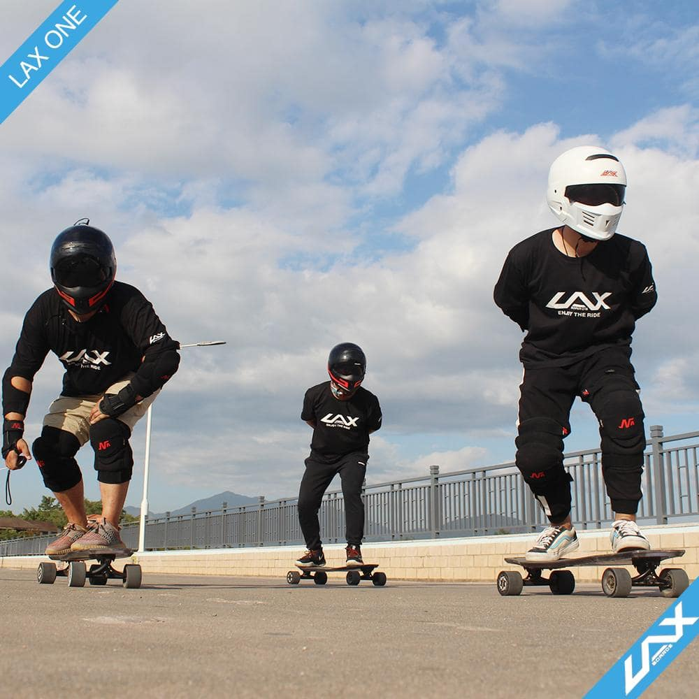Laxboard LAX One electric Skateboard 3 riders