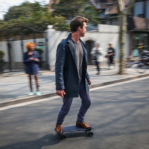 SoFlow LOU 3.0 Electric Skateboard On The Street