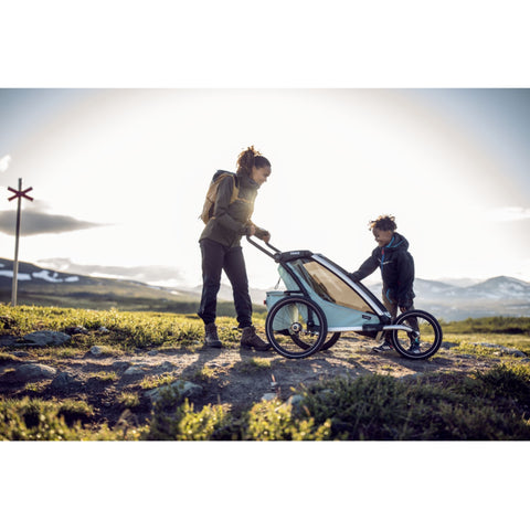 Thule Chariot Cross Kids Bike Trailer with kid