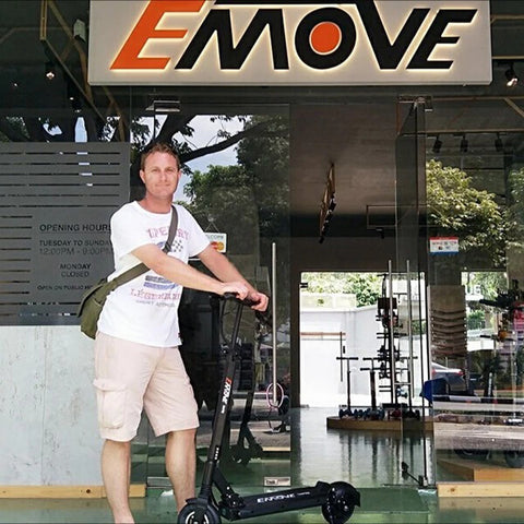 Voro Emove Touring Electric Scooter Buyer
