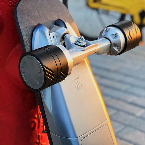Walnutt Spectra X Electric Skateboard In Outdoor Close Up