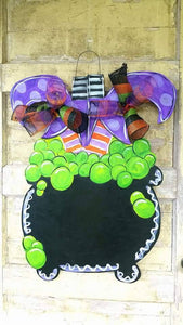 Witch Feet, Door Hanger, Wood Cutout, Painted Wooden Wreath, Halloween Decor, Halloween Wreath, Witch Wreath, Hocus Pocus, Door Decor, Door