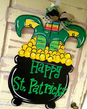 Load image into Gallery viewer, St Patrick's Day Wreath, Saint Patrick's day Wreath, Wood Wreath, Hand Painted Wreath, Wood sign